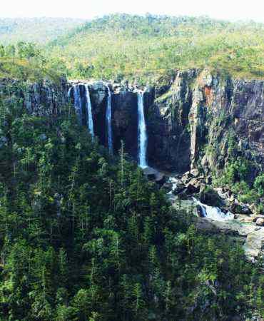 Blencoe Falls & Ramsay Bay 2 Day Package