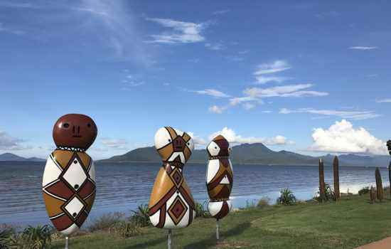 1020x750 aboriginal figurines